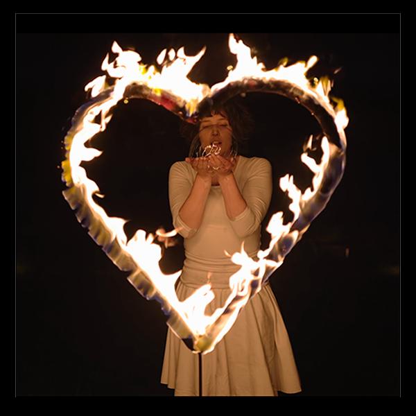 Herz-Feuer logo